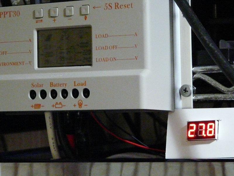 電圧計設置状況